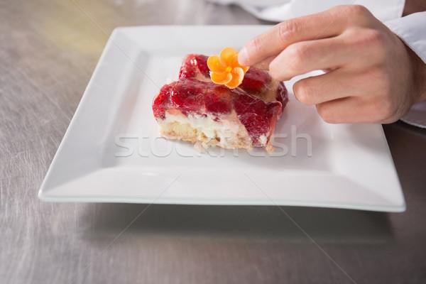 Közelkép pék virág sütemény gyümölcs konyha Stock fotó © wavebreak_media
