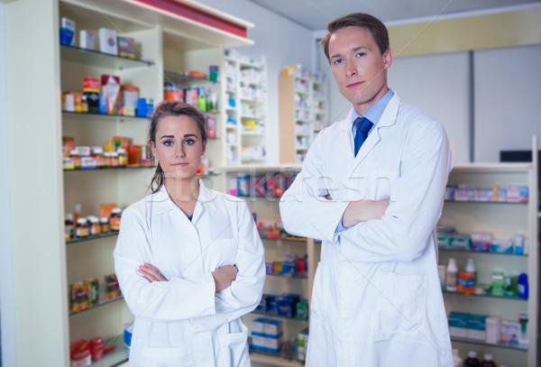 Pharmacien stagiaire permanent pharmacie médicaux Photo stock © wavebreak_media