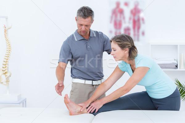 Ayudar paciente médicos oficina médico Foto stock © wavebreak_media