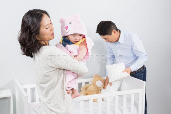 Gelukkig gezin baby home ouderen vrouwelijke slaapkamer Stockfoto © wavebreak_media
