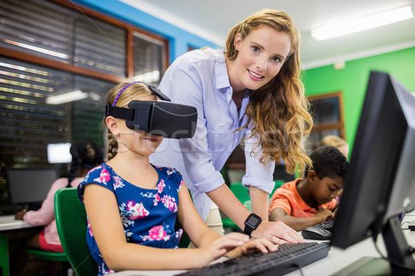Criança óculos 3d escolas mulher menina teclado Foto stock © wavebreak_media