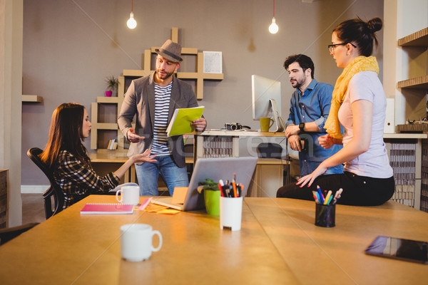 команда графических заседание служба бизнеса женщину Сток-фото © wavebreak_media