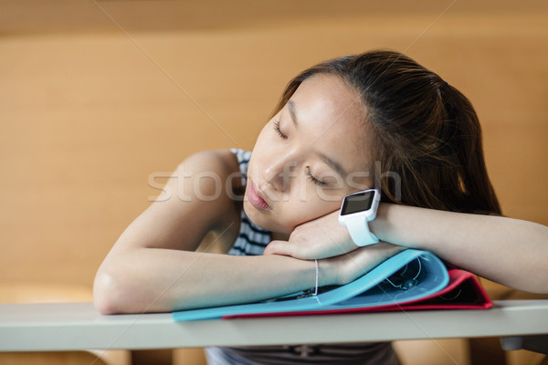 Mulher jovem adormecido sala de aula faculdade mulher educação Foto stock © wavebreak_media