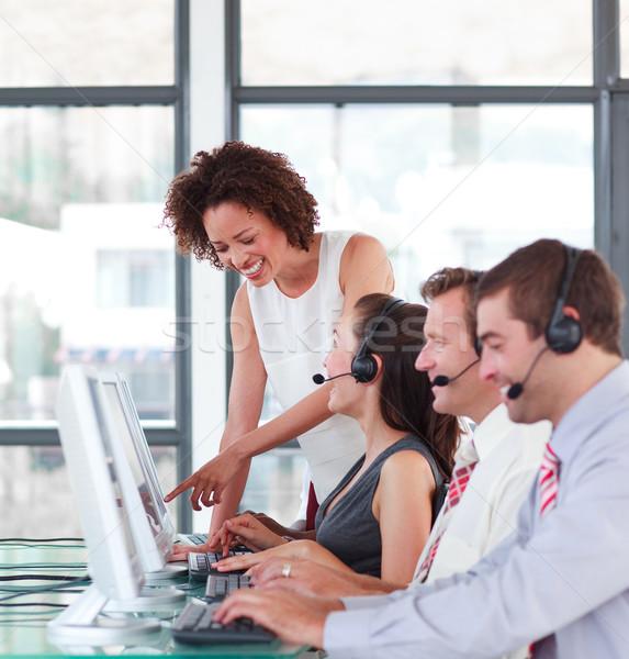 Encantador gerente jovem trabalho em equipe mulher telefone Foto stock © wavebreak_media