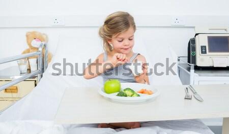 病気 少女 健康的な食事 食品 病院 肖像 ストックフォト © wavebreak_media