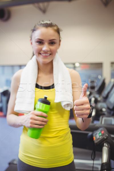 Dopasować kobieta kierat siłowni ręce szczęśliwy Zdjęcia stock © wavebreak_media