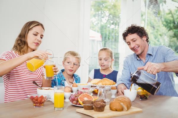 родителей завтрак сын дочь домой ребенка Сток-фото © wavebreak_media