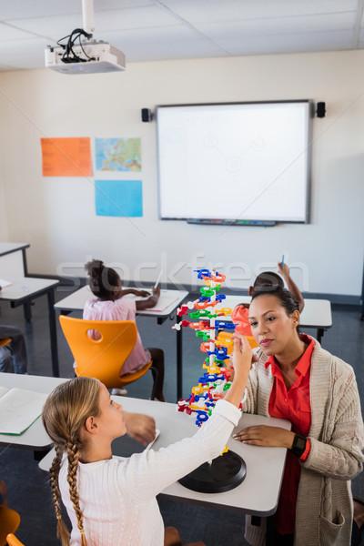 Professor lição estudantes escolas menina criança Foto stock © wavebreak_media