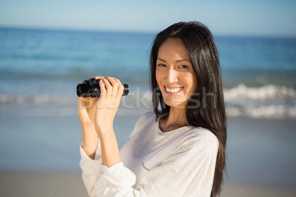 Kadın dürbün portre mutlu genç kadın Stok fotoğraf © wavebreak_media