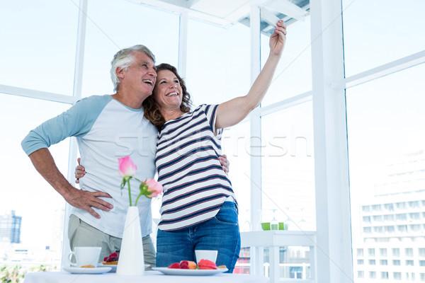 Stockfoto: Paar · volwassen · vrouw · liefde · telefoon