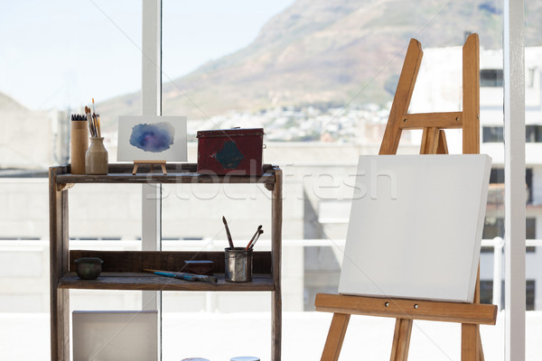 Cavalletto tela disegno stanza luce vernice Foto d'archivio © wavebreak_media