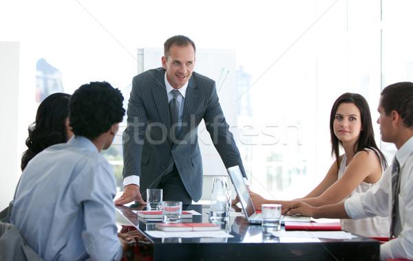 ビジネスの方々  勉強 新しい ビジネス 計画 オフィス ストックフォト © wavebreak_media