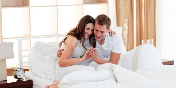 Alegre casal fora resultados teste de gravidez Foto stock © wavebreak_media