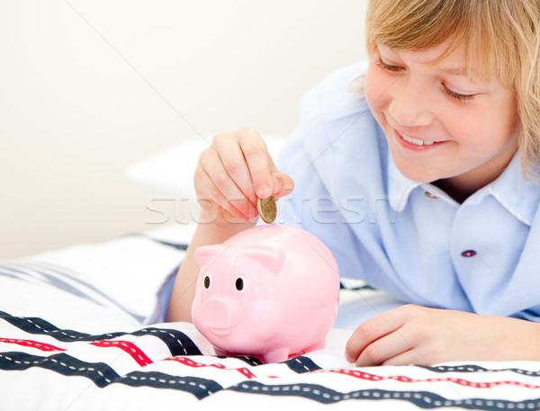 Aranyos fiú érme persely otthon gyerekek Stock fotó © wavebreak_media