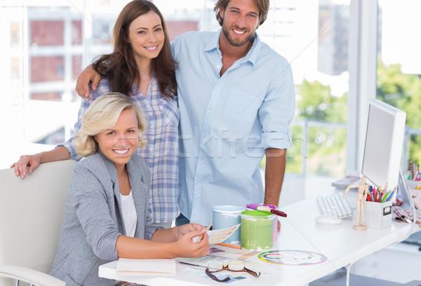 Equipo decorador de interiores escritorio brillante moderna oficina Foto stock © wavebreak_media