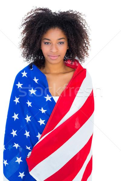 Stock fotó: Csinos · lány · amerikai · zászló · mosolyog · kamera · fehér