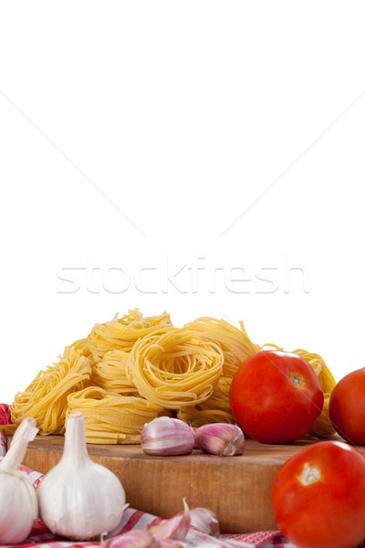 Brut tomates ail oignons blanche alimentaire Photo stock © wavebreak_media