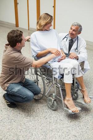 женщины врач инвалидов старший человека Сток-фото © wavebreak_media