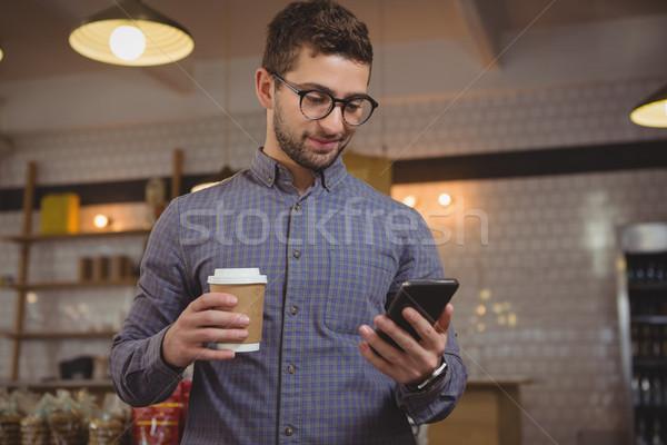 Empresario café teléfono Servicio jóvenes hombre Foto stock © wavebreak_media
