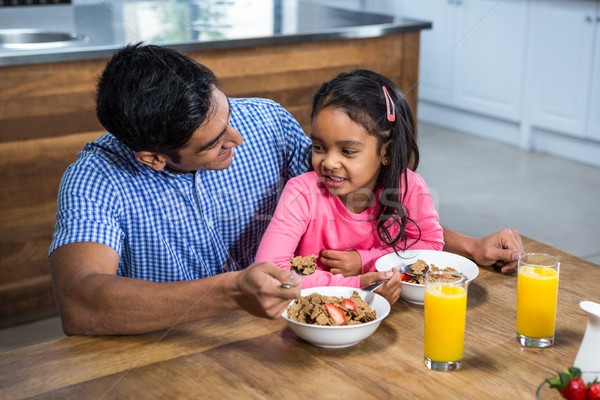 счастливым отец завтрак дочь кухне ребенка Сток-фото © wavebreak_media