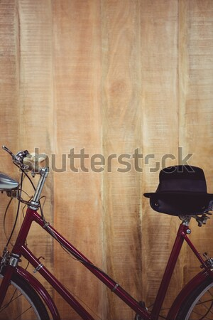 скамейке штанга crossfit спортзал фитнес бутылку Сток-фото © wavebreak_media