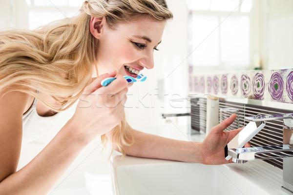 ванную дома зубов очистки Сток-фото © wavebreak_media