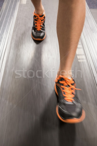 Pieds courir fil moulin gymnase Photo stock © wavebreak_media