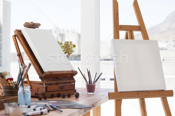 Festőállvány vászon rajz szoba fa fény Stock fotó © wavebreak_media