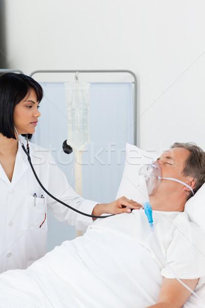 ストックフォト: 看護 · 成熟した · 患者 · 病院 · 女性 · 医師