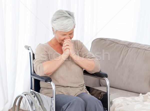 Figyelmes idős tolószék űr idős nevetés Stock fotó © wavebreak_media