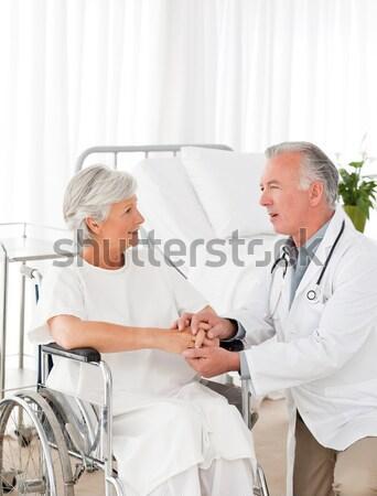 Senior medico battito del cuore paziente famiglia Foto d'archivio © wavebreak_media