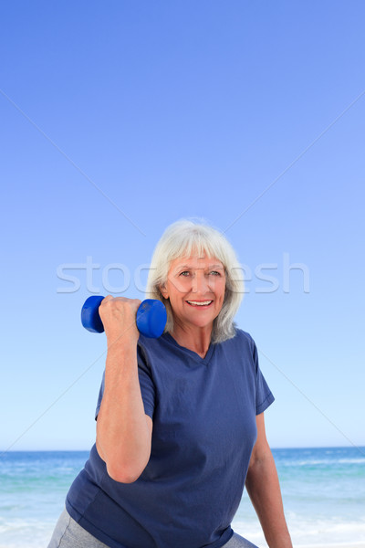 Olgun kadın kadın plaj sağlık kadın kişi Stok fotoğraf © wavebreak_media