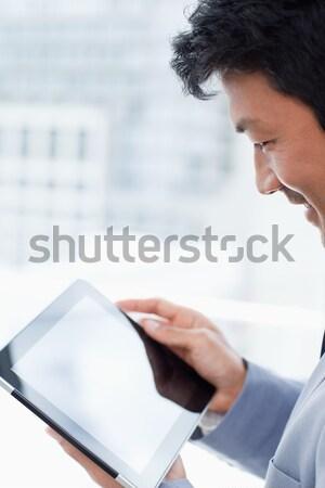 Portré fiatal irodai dolgozó táblagép iroda üzlet Stock fotó © wavebreak_media