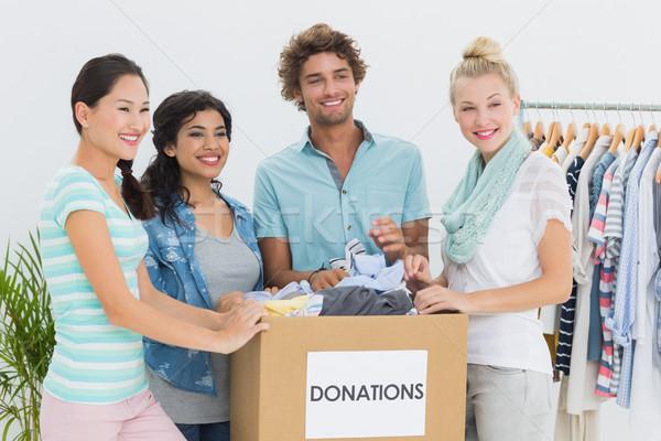人 衣服 捐款 組 年輕人 辦公室 商業照片 © wavebreak_media