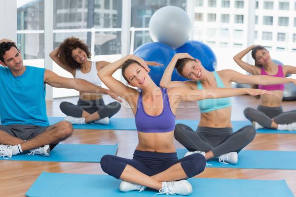 Menschen Ausbilder Jugendlichen hellen Fitnessstudio Hände Stock foto © wavebreak_media