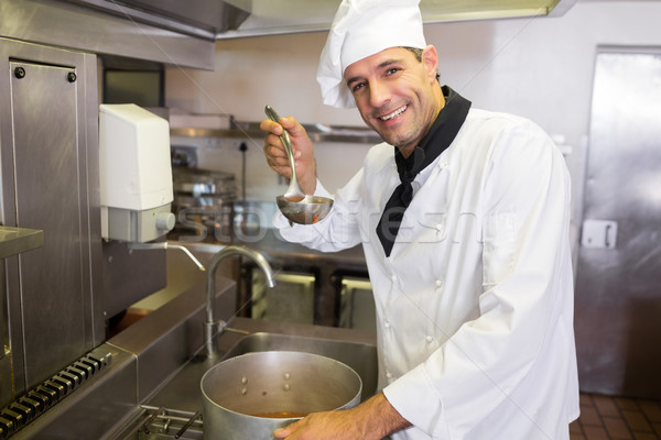 Sonriendo chef cocina retrato masculina Foto stock © wavebreak_media