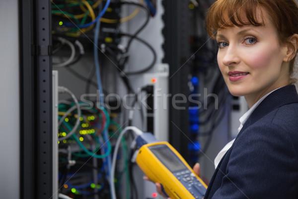 Heureux technicien numérique câble serveur Photo stock © wavebreak_media