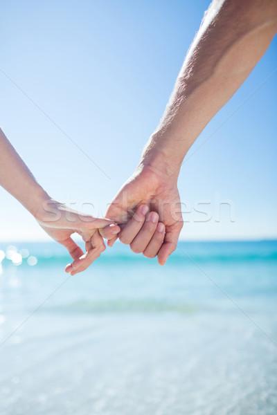 Para spaceru strony plaży kobieta człowiek Zdjęcia stock © wavebreak_media