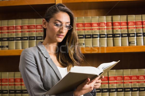 Bastante abogado lectura ley biblioteca Universidad Foto stock © wavebreak_media