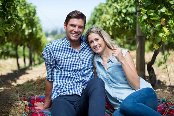 счастливым сидят вместе виноградник портрет Сток-фото © wavebreak_media