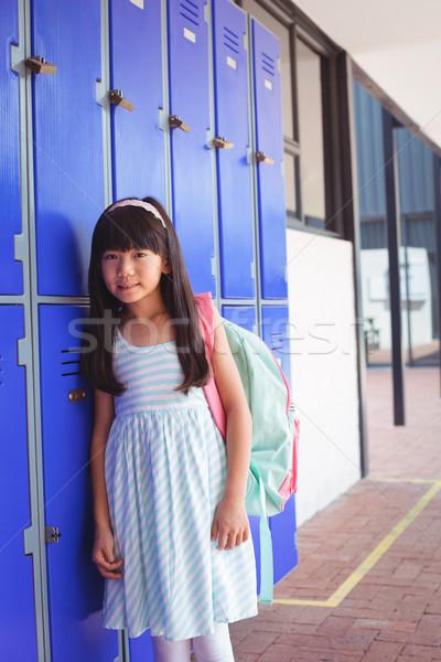 Portré alapfokú lány áll folyosó iskola Stock fotó © wavebreak_media