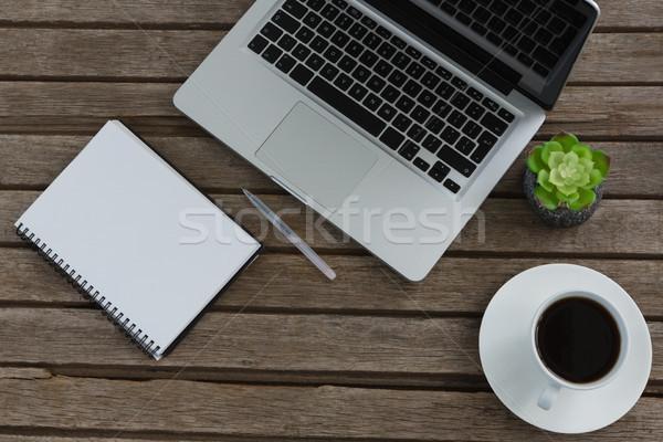 Laptop notatnika pióro puli roślin kawy Zdjęcia stock © wavebreak_media
