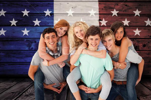 Image adolescents amis ferroutage fille Photo stock © wavebreak_media