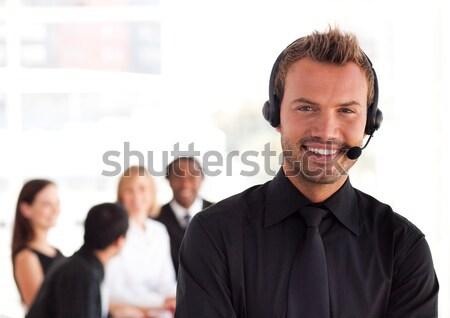 Bájos üzletember küldés szöveg fehér nők Stock fotó © wavebreak_media