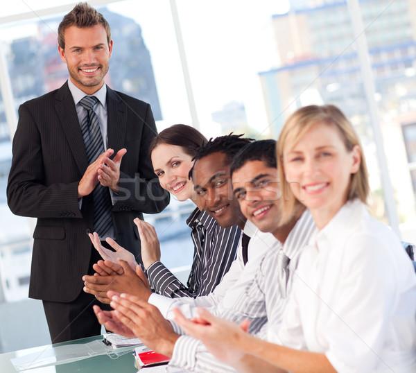 幸せ ビジネスチーム プレゼンテーション 拍手 ビジネス モデル ストックフォト © wavebreak_media