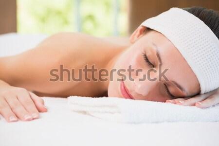 Ritratto donna dormire camera da letto mano faccia Foto d'archivio © wavebreak_media