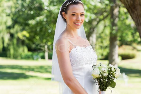 Bruid tuin portret permanente vrouw Stockfoto © wavebreak_media
