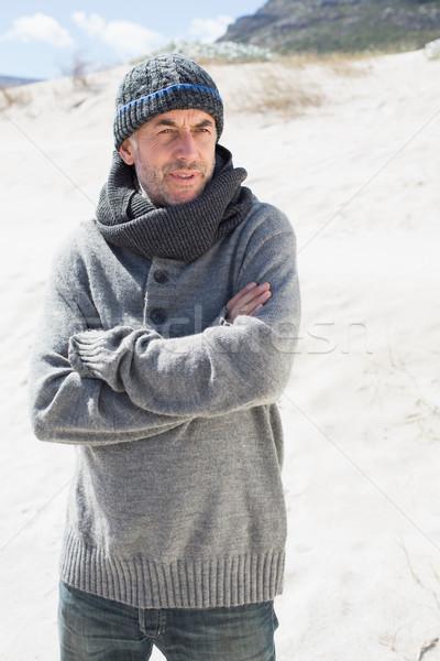 魅力的な 男 ビーチ 帽子 スカーフ 明るい ストックフォト © wavebreak_media