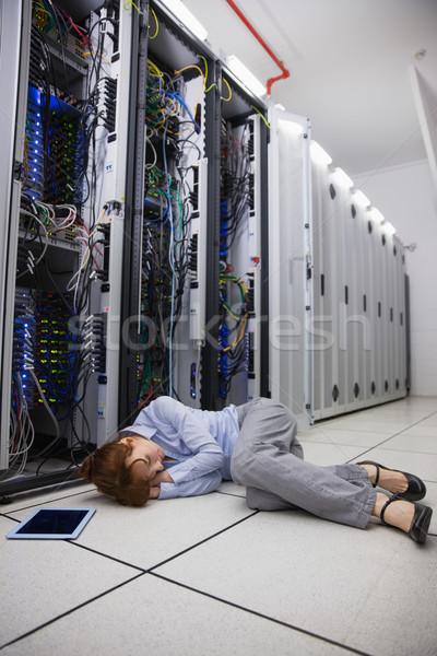 Esgotado técnico adormecido piso grande Foto stock © wavebreak_media