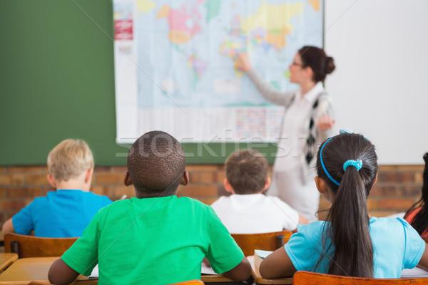 Stock foto: Lehrer · Geographie · Lektion · Klassenzimmer · Grundschule · Mädchen